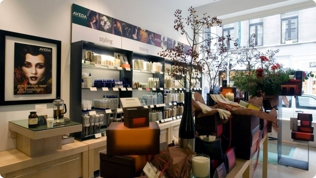 Aveda - the art and science of pure plant essences - Antwerpen